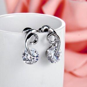Jewelry - Silver Swirl w/AAA Round CZ Stud Earrings
